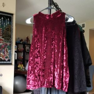 Arizona velvet mock neck top XXL